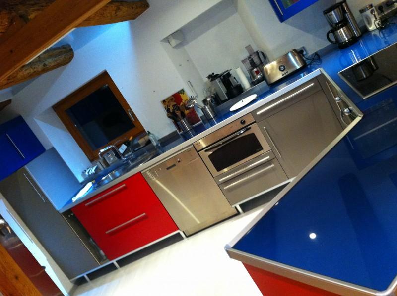 Notre g te for Cuisine amenagee bleue